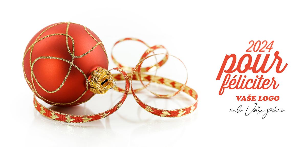 Vánoční zátiší s baňkou v kombinaci s naaranžovanou dárkovou stuhou tvoří PFko č.37.