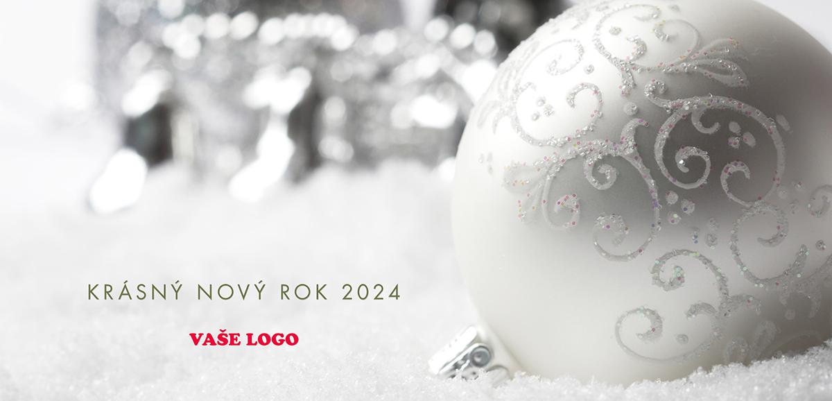 Téměř černobílé provedení vánočního přání, na němž vyniká ruční kresba baňky s drobnými růžovými detaily.