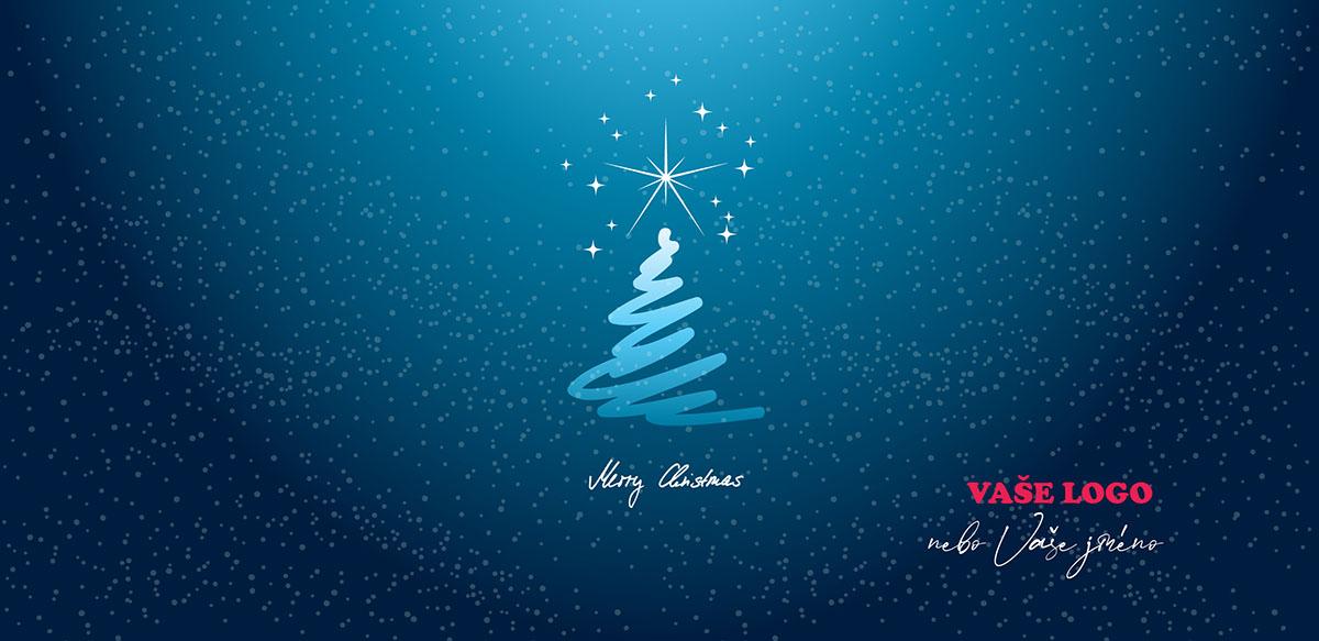 Novoročenka s načrtnutou siluetou stromku s rozzářenou hvězdou na špici na zasněžené noční obloze.
