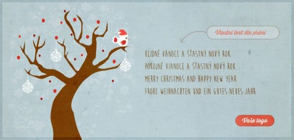 Milé vánoční přání s ozdobeným opadaným stromem a ptáčkem ve vánoční čepici na šedomodrém pozadí