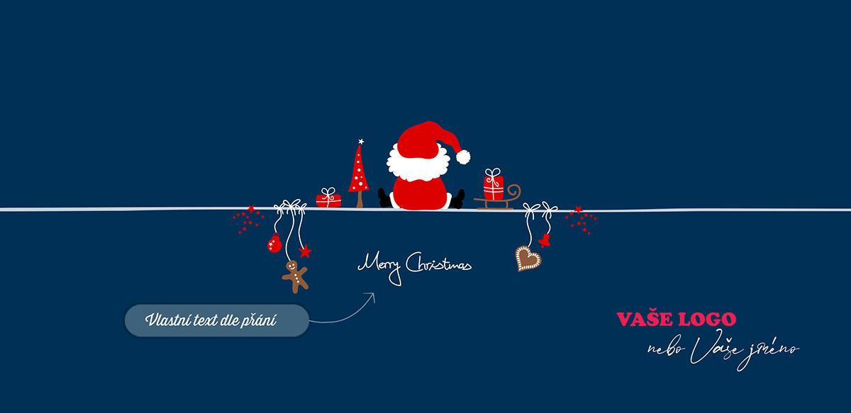 Vtipné vánoční přání se s odpočívajícím Santou sedícím zády, sáňkami s dárečky, stromečkem a ozdobami.