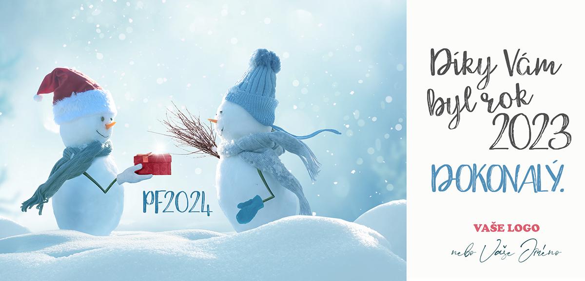 Veselá novoročenka se dvěma milými sněhuláky s čepicí a šálou, z nichž jeden předává vánoční dárek.