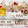 Stůl s vánočními perníčky, medem, skořicí a sušenými pomeranči osladí i vánoční přání.
