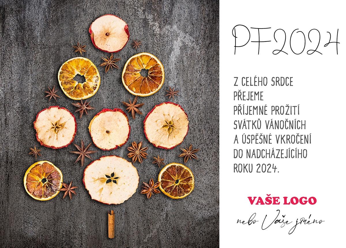 Sušená jablka a pomeranče s badyánem a skořicí spojuje vánoční stromek pro novoročenky.